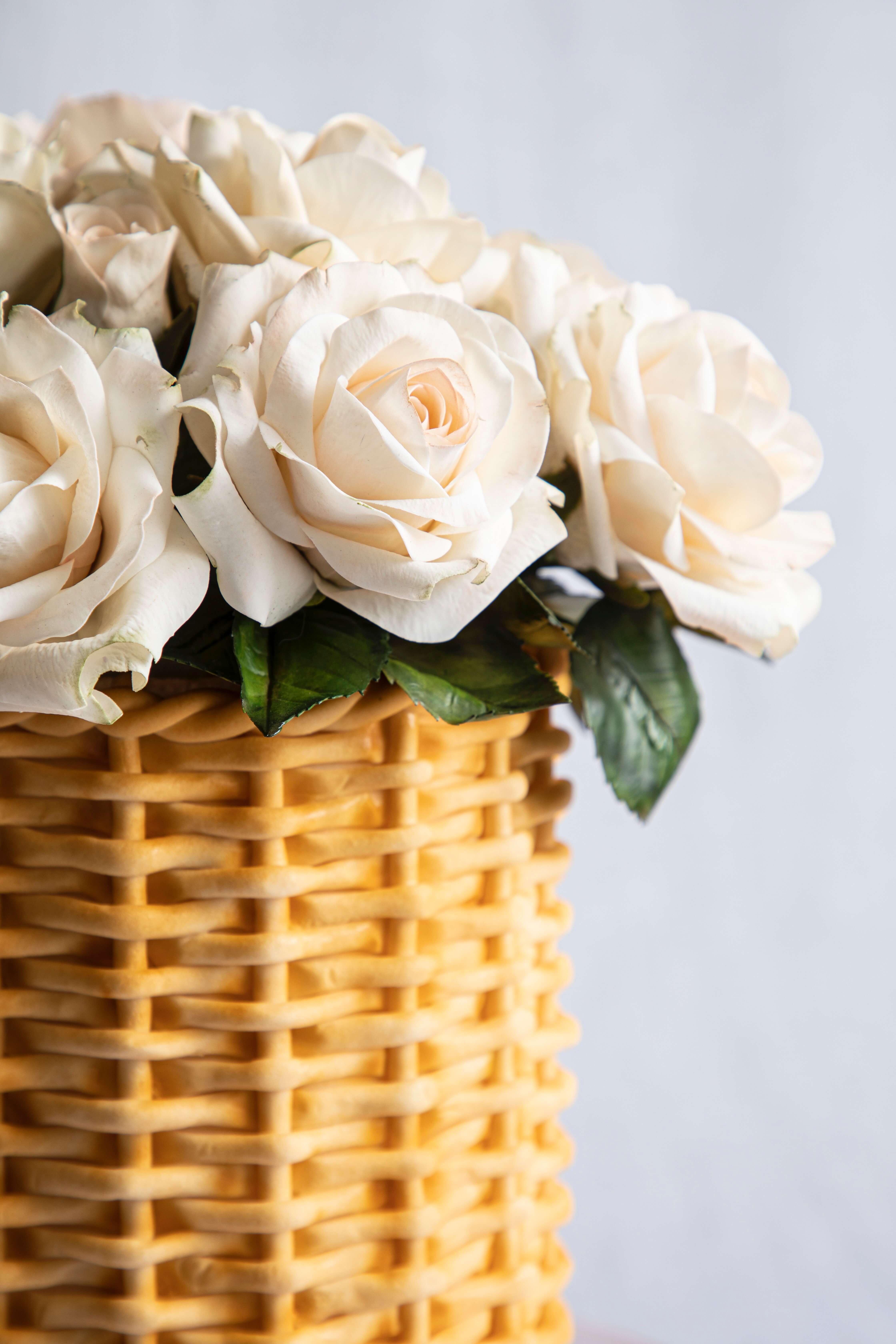 Sugar Roses Rattan Basket Cake Detail